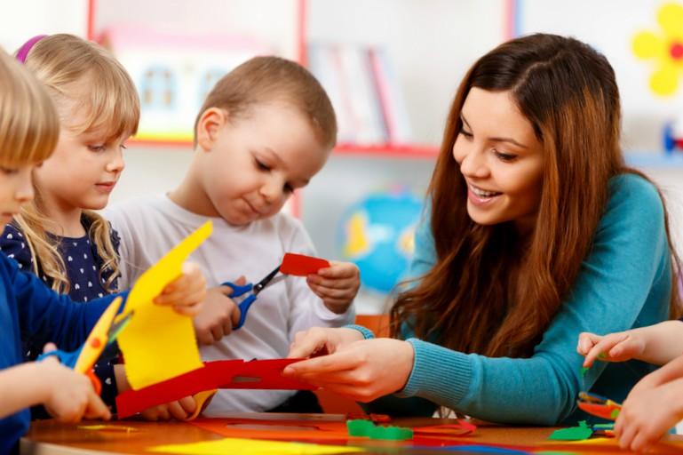 Centros educación infantil concertados Valencia - Guardería profesional